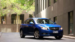 2009_holden-cruze_cdx_and-cruze-cd-diesel_road-test-review_036.jpg