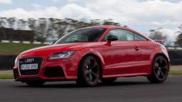 Audi TT RS plus.