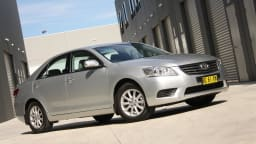 2010_toyota_aurion_at_x_road_test_review_header_30