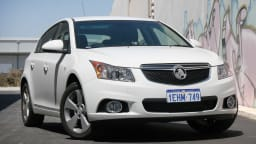 2013 Holden Cruze Equipe Hatch Diesel Auto Review