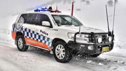 Above: Toyota LandCruiser 200 Series police car used by the NSW Police Force Highway Patrol in alpine areas. Image courtesy of the Toyota Land Cruiser Club of Australia.