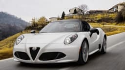 Alfa Romeo 4C Spider first drive review