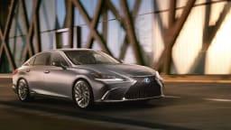 2018 Lexus ES.
