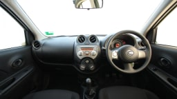 2011_nissan_micra_st_road_test_review_15