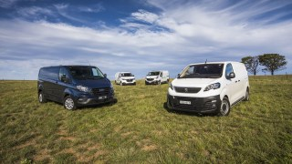 Drive 2019 Best Medium Van group shot