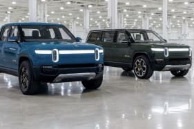 2022 Rivian R1S and R1T electric vehicles delayed by at least three months