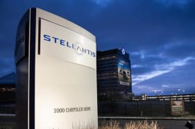 Stellantis saves Chrysler, Alfa Romeo and more, but will it last?