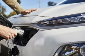 Electric cars to become cheaper than petrol and diesel cars by 2027