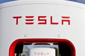 Tesla Supercharger network to be open to all EV manufacturers