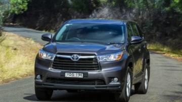 Seven seat SUV comparison test: Toyota Kluger