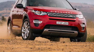2015_land_rover_discovery_sport_australia_18