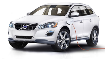 Volvo XC60 Plug-in Petrol Hybrid Heading To Detroit