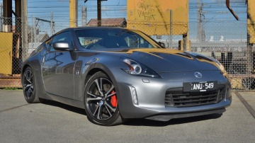 2018 Nissan 370Z Coupe new car review