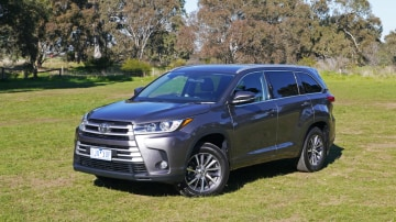 2017 Toyota Kluger GXL AWD Review | No Step Forward For Toyota's Updated Family Hauler