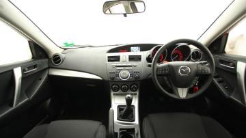 2011_mazda3_sp25_sedan_review_16