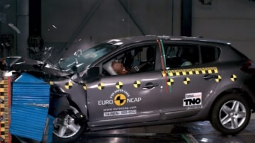 Questions are being asked of the discrepancies in Australian crash testing.