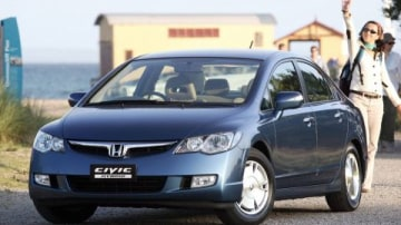 Honda looks to government for hybrid buying incentives