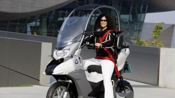 BMW C1-E Concept Previews Safer Scooter Design