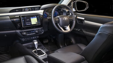 2020 best dual cab ute toyota hilux interior
