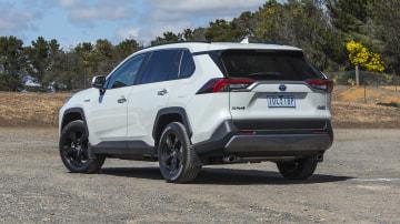 2020 best medium suv toyota rav4 exterior rear