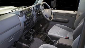 2020 best off-road suv toyota landcruiser interior