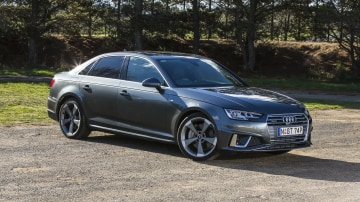 2020 best medium luxury car audi A4 exterior