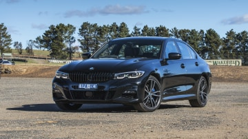 2020 best medium luxury car bmw 3 series exterior
