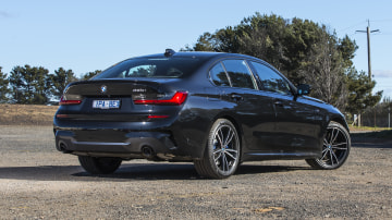 2020 best medium luxury car bmw 3 series exterior rear
