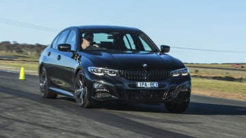 2020 best medium luxury car bmw 3 series exterior road