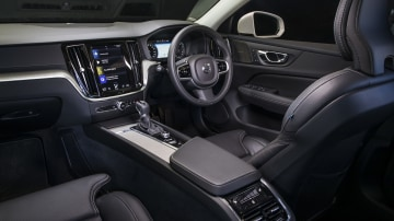 2020 best medium luxury car volvo s60 interior