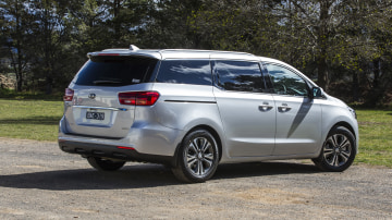2020 best people mover kia carnival exterior rear