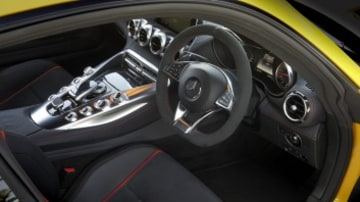 The cabin of the Mercedes-AMG GT is an ideal blend of sportiness and luxury.