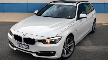2013 BMW 320i Touring Review