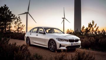 New BMW 330e revealed