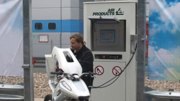 Hydrogen Refuelling Stations Open In The UK