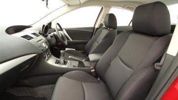 2011_mazda3_sp25_sedan_review_19