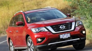 2017 Nissan Pathfinder new car review