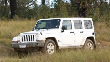 2013_jeep_wrangler_overland_review_053