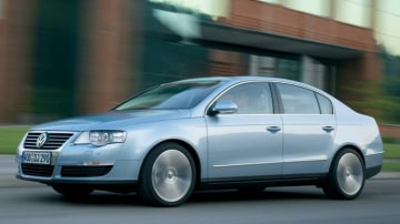 Volkswagen Passat models fitted with the seven-speed DSG gearbox have been recalled.