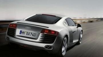 Audi R8 vs Porsche 997 Carrera 2 Top Gear style
