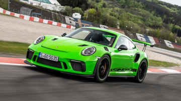 Porsche: Electric sports cars coming soon