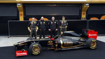 2011_lotus_renault_gp_r31_f1_race_car_05