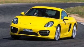 2013 Porsche Cayman S.