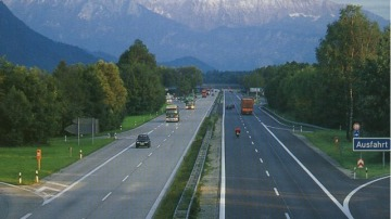 Self-Driving Cars Nearing As Germany Upgrades Autobahn For Testing