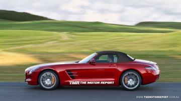 2011_mercedes-benz_sls_amg_convertible_rendered_02.jpg