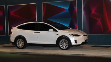 Owner Review: 2017 Tesla Model X 90d (90xb)