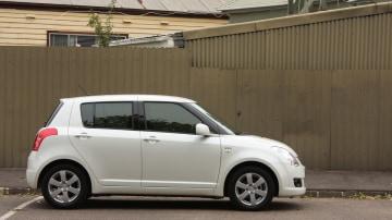 2009_suzuki_swift-s_automatic_road-test-review_01.jpg