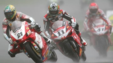 Troy Bayliss during race one of the Superbike World Championship at Silverstone Circuit on May 27, 2007 in Silverstone, England. Picture: Getty Images