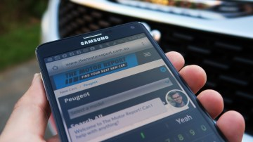 Mobile Phones To Be Primary Car-Buying Tool Of The Future: Google