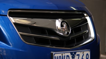 2009_holden-cruze_cdx_and-cruze-cd-diesel_road-test-review_030.jpg